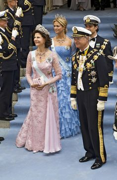 Queen Silvia and King Carl Gustaf Photo - Wedding Of Swedish Crown Princess Victoria & Daniel Westling - Ceremony also Princess Madeleine and Prince Carl Philip of Sweden