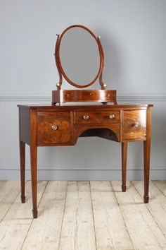 Side Table, Dressing Table - Georgian mahogany bowfront dressing table, with good colour. The figured cockbeaded drawers, fitted with brass knobs, above a shaped kneehole. Raised on square tapered legs and spade feet. Georgian Furniture, Oak Side Table, Furniture, Organization Furniture, Victorian Furniture, Hall Table, Vintage Dressing Tables, Dressing Table, My Furniture