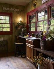 Another neat hobby room in a hybrid log home