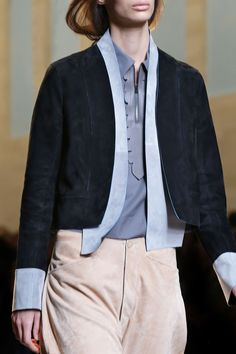 A detail of the Fendi Spring/Summer 2015 Collection - Look 33
