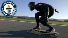 Thrill-Seeker Mischo Erban Sets Guinness World Record for Fastest Speed on an Electric Skateboard Skateboard Videos, Board Skateboard, Best Electric Scooter, Electric Skateboard, Roller Sports, Adrenaline Sports, Bluetooth Low Energy, Guinness World, Recorded Books