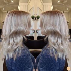 Sval blond // Cool blonde