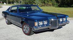 Cool Car Pictures, Car Pics, Pontiac Cars, Pontiac Grand Prix, American Classic Cars, Buick Riviera, Lifted Ford Trucks, Abandoned Cars, Pontiac Firebird