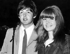 Paul McCartney and Jane Asher Photos) – The Beatles Beatles Band, Beatles Songs, The Beatles, Jane Asher, Paul Mccartney, Original Beatles, Sir Paul, Music Station, The Fab Four