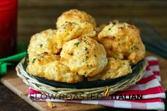 Copycat Red Lobster Cheddar Bay Biscuits in 20 Minutes