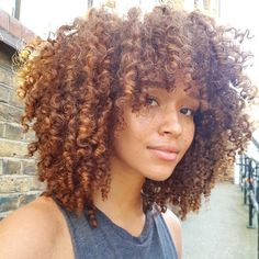 Grace Fantasy Hair - Fashion Ombre Blonde Synthetic Lace Front Wig Heat Resistant Hair Afro Kinky Curly Women Wigs You ar - Curly Bangs, Short Curly Hair, Curly Hair Styles, Natural Hair Styles, Natural Hair Bangs, Curly Afro, Curly Hair Fringe, Updo Curly, Ombre Curly Hair