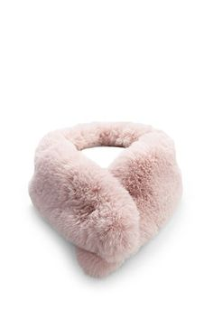 Forever 21 is the authority on fashion & the go-to retailer for the latest trends, styles & the hottest deals. Forever 21, Shop Forever, Fur Accessories, Pop Fashion, Dusty Pink, Faux Fur, Latest Trends, 21st, Dusty Rose