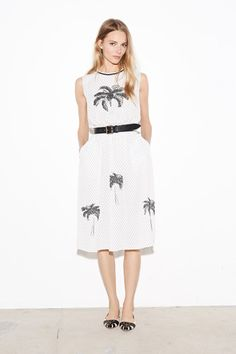 Tomas Maier Resort 2015 Collection Slideshow on Style.com