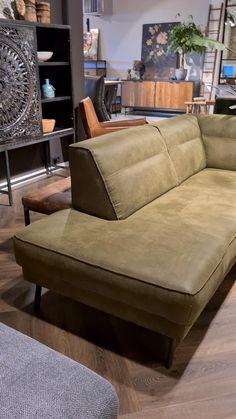 Corner Sofa Design, Sofa Bed Design, Living Room Sofa Design, Home Decor Furniture, Furniture Design, Living Room Tv Unit Designs, Japanese Home Decor, Diy Sofa, Sofa Home