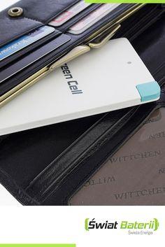 Mały powerbank zawsze przy Tobie!   #technology #powerbank #greencell #bateria #tech #iphone #smartphone #trip #wallet