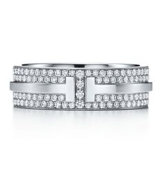 Bague T for Two en or blanc et diamants de Tiffany & Co.