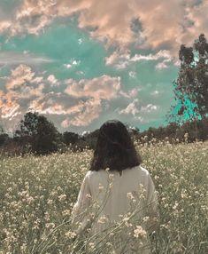 Peach Aesthetic, Aesthetic Photo, Aesthetic Pictures, Aesthetic Iphone Wallpaper, Aesthetic Wallpapers, Korean Girl Photo, Min Yoonji, Beautiful Flowers Wallpapers, Conceptual Photography