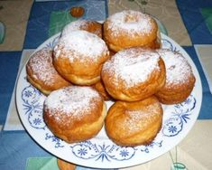 Czech Recipes, Ethnic Recipes, Pretzel Bites, Hamburger, Muffin, Bread, Cookies, Baking, Breakfast