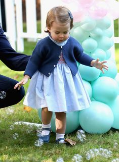 All the Precious Photos from Prince George and Princess Charlotte's Fun Day Out in Canada - The little princess likes them too from InStyle.com