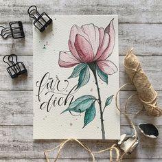 """Melanie 🇨🇭 auf Instagram: """"Erkennt ihr die Blume? Jetzt hat die Karte endlich ein Text bekommen 😄🤷🏻♀️ . . . . #togetherweletter #handlettering #ilovetypography…"""" Inspiration, Instagram, Watercolour, Florals, Cards, Nice Asses, Biblical Inspiration, Inhalation"""