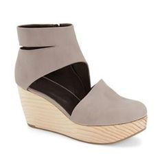2a8a6a9ec9b A summer clog ! It s here, it s from Coclicony and it s oh so cute
