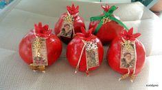 ρόδια Christmas Ornaments, Holiday Decor, Blog, Home Decor, Decoration Home, Room Decor, Christmas Jewelry, Christmas Baubles, Christmas Decorations