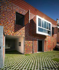 Wohnhaus Torreagüera bei Murcia  Nord-West-Ansicht des Sockelbaus  Architekten: XPIRAL, Murcia
