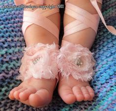 Baby Shoes, Baby Sandals, Barefoot Blossom (TM) Couture Lalani in Pink Chiffon. $20.50, via Etsy.