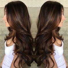 Long+Brown+Hair+With+Subtle+Balayage