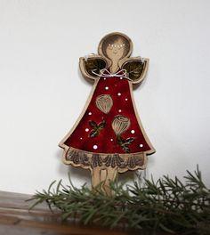 ANGELA 18 de Angela, Ceramics, Christmas Ornaments, Holiday Decor, Home Decor, Ceramica, Xmas Ornaments, Homemade Home Decor, Christmas Jewelry