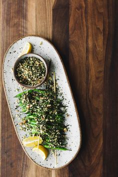 Grilled Snap Peas with Hazelnut Dill Crumb / Naturally Ella Pea Recipes, Vegetarian Recipes, Healthy Recipes, Clean Eating, Healthy Eating, Grain Foods, Snap Peas, Food For Thought, Food Styling