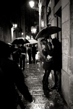 Kiss in the rain #ignitethespark