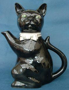Retro Tony Wood 'Pussy Foot' Range Black Cat Ceramic Teapot Legacy Antiques and Collectibles Ltd Ceramic Teapots, Tea Pots, Two By Two, Retro, Antiques, Cats, Wood, Classic, Range