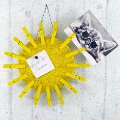1 Pin Pin Doll (via Card Card Display (via Craft and Tea Tea Wreath (via Kojo Ombre Triangle Inspiration Ombre Triangle Inspiration Board: This. Crafts For Kids To Make, Art For Kids, Greeting Card Holder, Diy Postcard, Postcard Holder, Mandala, Mothers Day Crafts, Homemade Crafts, Textiles