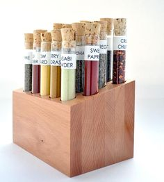 Test tube spice rack. This makes me want to do science. -D