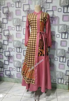 Modern Hijab Fashion, Batik Fashion, Indian Fashion Dresses, Muslim Fashion, Fashion Outfits, Model Dress Kebaya, Dress Batik Kombinasi, Modest Maxi Dress, Kurta Designs Women
