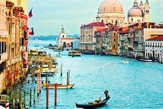 Venice. sigh another place I want to go and never will.... how beautiful...