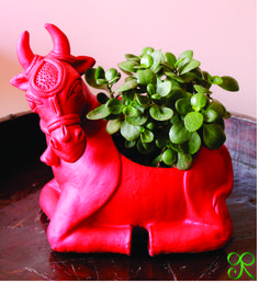 THE HOLY COW - Jade on Terracota by The Green Ribbon  Product Code: TGR-JB0004  To order mail us a thegreenribboncreation@gmail.com  Free Home Delivery available in Delhi/NCR