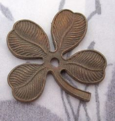 Vintage Casted Raw Brass Four Leaf Clover W Rivet Hole 25x24mm   F4750...  ...has A Patina With Age.
