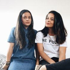Oi, somos as gêmeas QUEQUE como costumam nos chamar, donas deste blog onde amamos compartilhar nosso amor pela moda e nosso sonho em ter nossa própria marca de roupas, e assim surgiu ela com o nome de @quequeclothing. É lá onde vai ser construído tudo que compartilhamos de inspirações aqui e no blog! PRAZER GIRLS!  #mkastyle