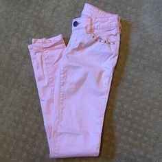 Like new Skinny jeans Light pink skinny jeans that are like new! They have only been worn one time. Size 1 which is equivalent to a size 0. Please make any offers through the offer button or bundle for a discount  Decree Jeans Skinny