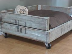A Real Pet Project: Home Frosting: Daisy's Crate Bed
