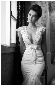 I never had a real wedding dress, but if i had, i would have wanted it to look something like this... #fashion #beautiful #pretty Please follow / repin my pinterest. Also visit my blog http://fashionblogdirect.blogspot.com/