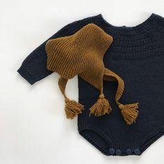 Dyp petroleumsblå og mørk oker, i det mykeste garnet. #knittingforolive #knittingforolivesmerino #ankersdragt #ankersdrakt #duskerilleskjerf #babystrikk #barnestrikk #guttestrikk #jentestrikk #knitsforboys # knitsforgirls #strikk #strikking # strikkedilla #ullergull #vårstrikk #strikketerapi #knitsforkids #knitspiration #kidsfashion #knittingforkids #knitting #knit #knittersofinstagram #strikkemamma #knittersofnorway #strikktilbaby #strikktilbarn #strikktilgutt #strikktiljente #strikkeglede…