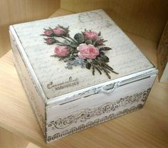 * * * * * * * * * * * * Decoupage Tutorial, Decoupage Box, Painted Boxes, Wooden Boxes, Feather Wallpaper, Diy And Crafts, Paper Crafts, Creative Box, Vintage Box