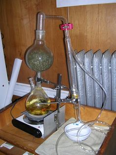 DIY distillers and where to buy home distilling equipment Have you ever wanted to distill your own essential oils i. Homemade Essential Oils, Making Essential Oils, Essential Oil Still, Moonshine Still Plans, Distilling Equipment, Home Distilling, Essential Oil Distiller, Steam Distillation, Linen Spray