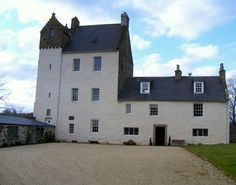 David Gregory - Inherited the Kinnairdy Castle, invented a highly destructive Cannon, accused but not convicted of witchcraft for using a barometer to forcast farming related weather conditions.
