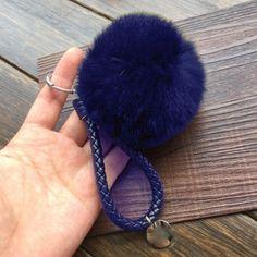 Nyuszi szőr táskadísz- kulcstartó kék