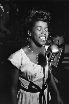 Sarah Vaughan photographed by William Gottlieb, 1946.