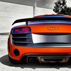 Beautiful Twin-Turbo Audi R8. Click on the pic & sign up today to carhoots for awesome 'pinworthy' supercar pics!