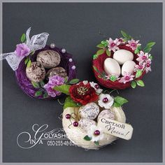 Пасхальные гнёзда Easter Projects, Easter Crafts, Projects To Try, Felt Crafts, Diy And Crafts, Floating Tea Cup, Yarn Ball, Egg Art, Felt Flowers