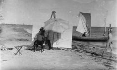 PS Kroyer painting on the beach on Skagen. 1890's Friluftsmaleri