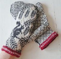 Ravelry: Ekorrvantar /squirrel mittens pattern by Anita Viksten Knitted Mittens Pattern, Fair Isle Knitting Patterns, Knit Mittens, Knitting Charts, Knitting Socks, Hand Knitting, Crochet Patterns, Wool Gloves, Knitted Gloves