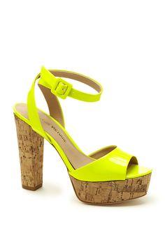 Neon shoe - Pour la Victoire Nasha