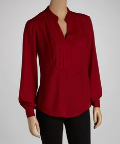 Slip into something stylish and make a lasting impression with this on-trend top that is sure to please. Featuring a chic look and a flattering fit, this piece sets a look to stun. Long Sleeve Tops, What To Wear, Burgundy, Tunic Tops, Clothes For Women, Stylish, My Style, Tees, York